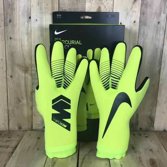 buy popular f44ea 7f06c Nike Mercurial Touch Victory Goalkeeper Gloves NWT